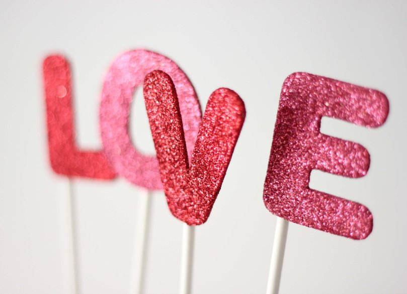 etsy-weddings-handmade-wedding-decor-stationery-glittered-love-cake-topper.original